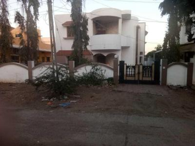 Gallery Cover Image of 4500 Sq.ft 3 BHK Villa for rent in Science City for 30000