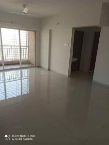 Gallery Cover Image of 1300 Sq.ft 3 BHK Apartment for rent in Dhanori for 18000