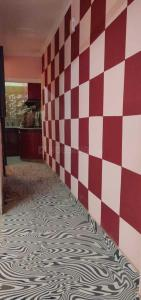 Gallery Cover Image of 600 Sq.ft 2 BHK Independent Floor for rent in Khanpur for 10000