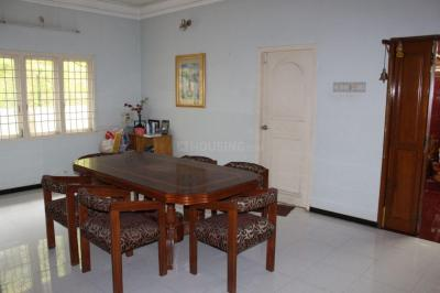 Gallery Cover Image of 1800 Sq.ft 2 BHK Independent House for rent in Pozhichalur for 5000