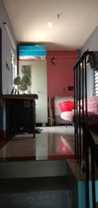 Gallery Cover Image of 1215 Sq.ft 5 BHK Independent House for buy in Barrackpore for 5600000
