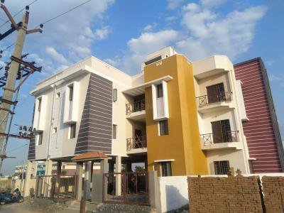 Gallery Cover Image of 881 Sq.ft 2 BHK Apartment for buy in Surapet for 3750000