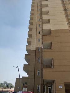 Gallery Cover Image of 300 Sq.ft 1 RK Apartment for buy in Emaar Imperial Gardens, Sector 102 for 700000