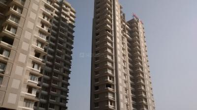 Gallery Cover Image of 1105 Sq.ft 3 BHK Apartment for rent in Malad East for 45000
