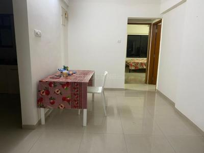 Gallery Cover Image of 812 Sq.ft 2 BHK Apartment for rent in Buena Vista, Viman Nagar for 22000