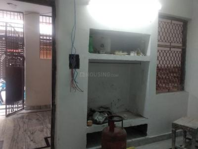 Gallery Cover Image of 800 Sq.ft 1 BHK Independent Floor for rent in RWA Yamuna Vihar Block C12, Shahdara for 12000