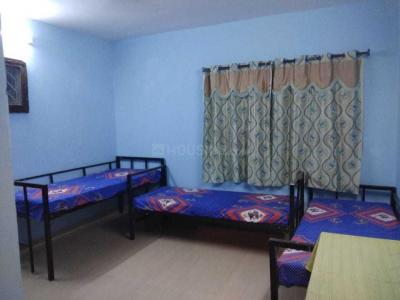 Bedroom Image of Mukesh Women Accommodation in Shanti Nagar