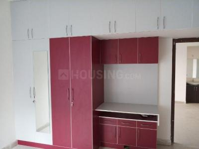 Gallery Cover Image of 750 Sq.ft 2 BHK Apartment for rent in Vadapalani for 30000