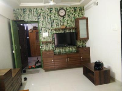 Gallery Cover Image of 920 Sq.ft 2 BHK Apartment for buy in Ashish Swapnalok Towers , Malad East for 13500000