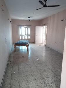 Gallery Cover Image of 1200 Sq.ft 2 BHK Apartment for rent in Phi II Greater Noida for 8500