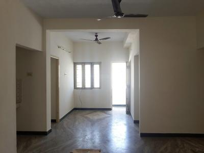 Gallery Cover Image of 1500 Sq.ft 3 BHK Apartment for rent in Aminjikarai for 30000