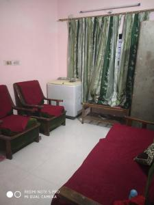 Gallery Cover Image of 400 Sq.ft 1 BHK Independent Floor for rent in Vijay Nagar for 10000