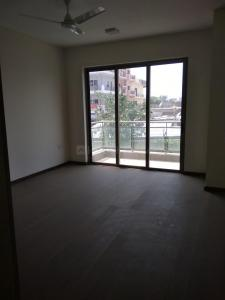 Gallery Cover Image of 2550 Sq.ft 3 BHK Apartment for rent in Sector 72 for 40000