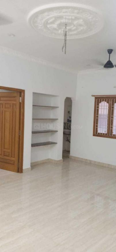 Living Room Image of 1000 Sq.ft 2 BHK Apartment for rent in Velachery for 15000