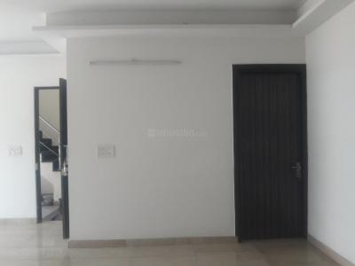 Gallery Cover Image of 1550 Sq.ft 3 BHK Independent Floor for rent in Sector 57 for 23500