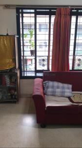 Gallery Cover Image of 840 Sq.ft 2 BHK Apartment for buy in Vile Parle West for 27500000