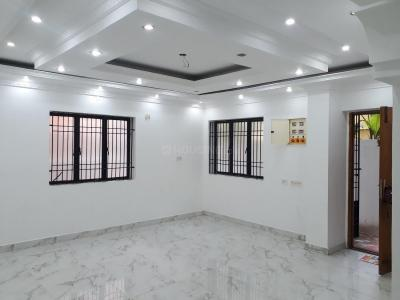 Gallery Cover Image of 1430 Sq.ft 3 BHK Apartment for rent in Saligramam for 25000