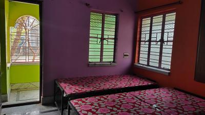 Bedroom Image of PG Accomodation Available For Male @rs. 2000/- Pm in Rajarhat