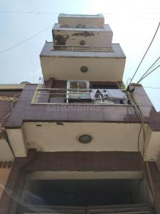 Gallery Cover Image of 270 Sq.ft 1 RK Independent Floor for buy in Uttam Nagar for 850000