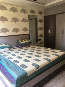 Gallery Cover Image of 1875 Sq.ft 3 BHK Apartment for rent in Andheri West for 145000