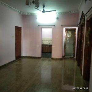 Gallery Cover Image of 1000 Sq.ft 2 BHK Independent Floor for rent in Yeshwanthpur for 20000