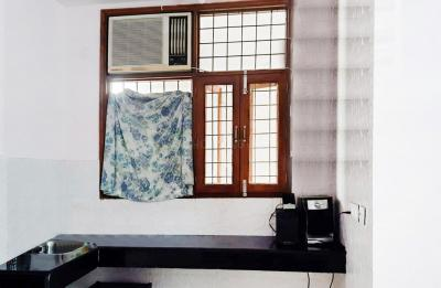 Gallery Cover Image of 300 Sq.ft 1 RK Independent Floor for rent in DLF Phase 3 for 8000