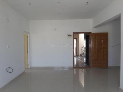 Gallery Cover Image of 1300 Sq.ft 3 BHK Apartment for rent in 5th Phase for 24000