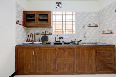 Kitchen Image of Oyo Life Blr1560 Murgesh Pallya in Murugeshpalya