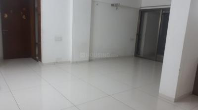 Gallery Cover Image of 1850 Sq.ft 3 BHK Apartment for rent in Memnagar for 26000