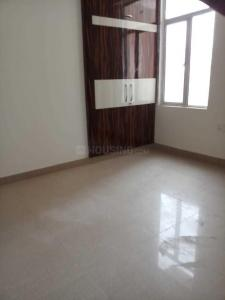 Gallery Cover Image of 550 Sq.ft 1 BHK Apartment for rent in Noida Extension for 7500