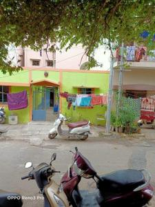 Gallery Cover Image of 375 Sq.ft 1 BHK Independent House for buy in Jayanagar for 5500000
