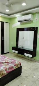 Gallery Cover Image of 1850 Sq.ft 3 BHK Apartment for rent in Gariahat for 60000