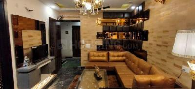 Gallery Cover Image of 1100 Sq.ft 3 BHK Apartment for buy in Kalra Luxury Apartments, Uttam Nagar for 6051000