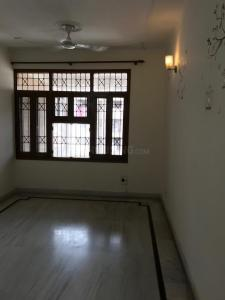 Gallery Cover Image of 1350 Sq.ft 2 BHK Apartment for rent in Sector 2 Dwarka for 23500