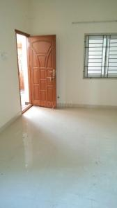 Gallery Cover Image of 745 Sq.ft 1 BHK Apartment for buy in Korattur for 3700000