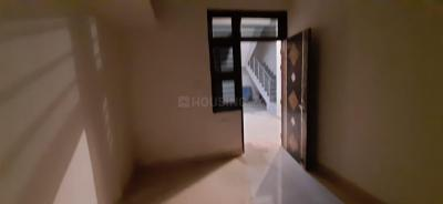 Gallery Cover Image of 720 Sq.ft 2 BHK Independent House for rent in Sector 13 for 10500