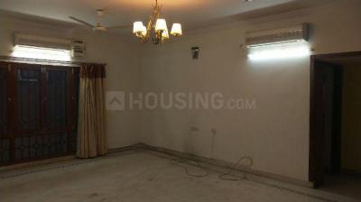Gallery Cover Image of 2450 Sq.ft 3 BHK Apartment for rent in Banjara Hills for 50000