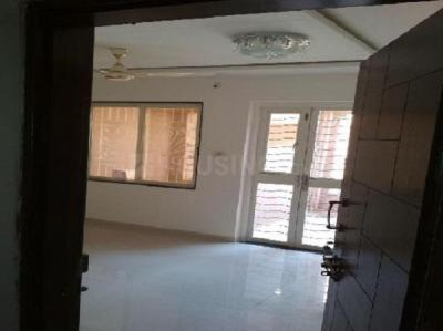 Gallery Cover Image of 745 Sq.ft 2 BHK Apartment for buy in Kandivali West for 8900000