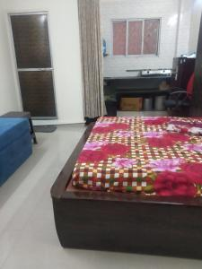 Gallery Cover Image of 280 Sq.ft 1 RK Apartment for rent in Chembur for 15000