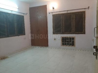 Gallery Cover Image of 750 Sq.ft 1 BHK Independent Floor for rent in Thiruvanmiyur for 10000