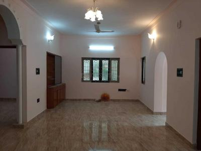 Gallery Cover Image of 2000 Sq.ft 4 BHK Independent House for rent in Domlur Layout for 45000