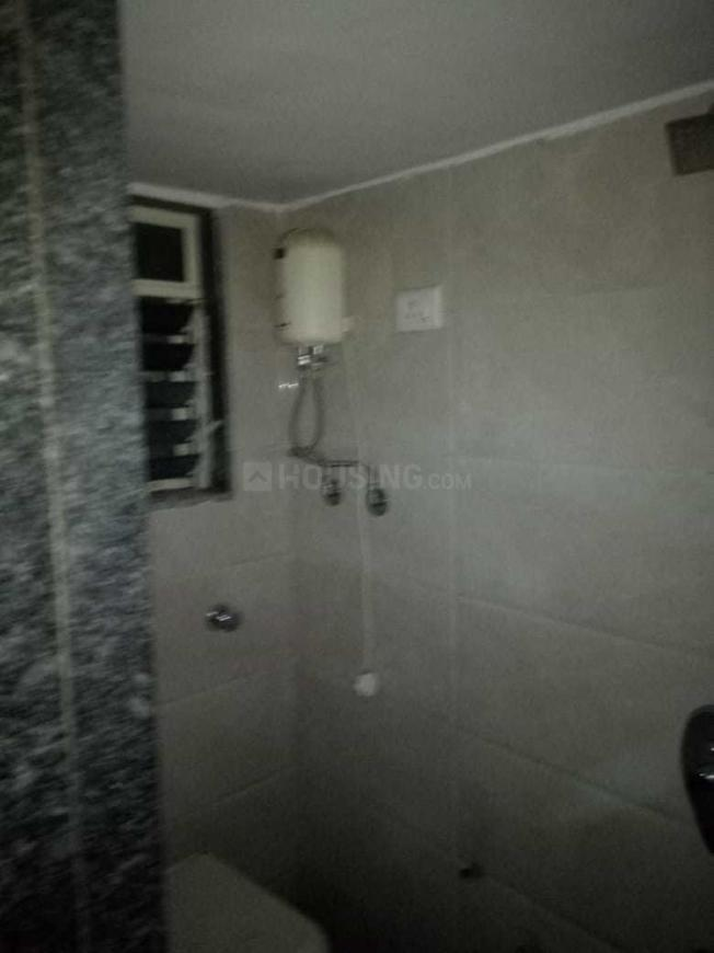 Common Bathroom Image of 280 Sq.ft 1 BHK Apartment for rent in Badlapur West for 4500