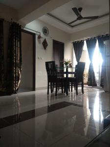 Gallery Cover Image of 1511 Sq.ft 3 BHK Apartment for buy in  The Empress, Nipania for 5400000