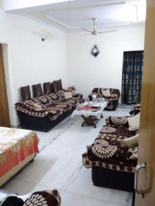 Gallery Cover Image of 1600 Sq.ft 3 BHK Apartment for buy in Sector 7 Rohini for 15000000