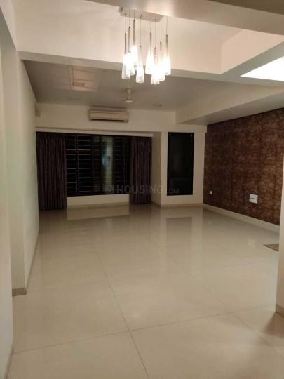 Living Room Image of 1250 Sq.ft 2 BHK Apartment for rent in Park Side Apartment, Prabhadevi for 110000