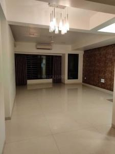 Gallery Cover Image of 1250 Sq.ft 2 BHK Apartment for rent in Park Side Apartment, Prabhadevi for 110000