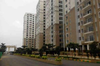 Gallery Cover Image of 2436 Sq.ft 3 BHK Apartment for buy in Korattur for 21400000