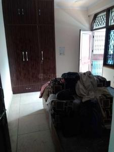 Gallery Cover Image of 550 Sq.ft 1 BHK Apartment for rent in Milap Apartments, Paschim Vihar for 11000