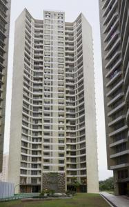 Gallery Cover Image of 1245 Sq.ft 3 BHK Apartment for buy in ACME Ozone Phase 2, Thane West for 18600000