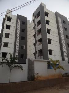 Gallery Cover Image of 1350 Sq.ft 2 BHK Apartment for buy in Chintalakunta for 5075000